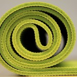 What's the Best Way to Lay Out Your Yoga Mat?